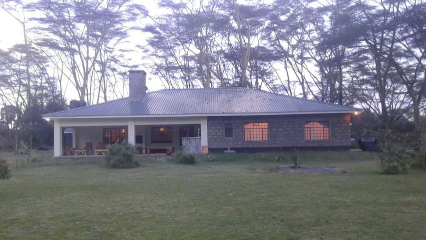 Otter House - Naivasha - Casa