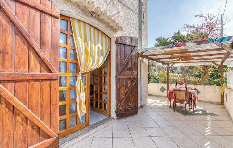 Holiday apartment with 2 bedrooms on 80m² in Dorgali NU