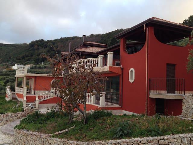 Vacanza relax in villa a Gioiosa Marea