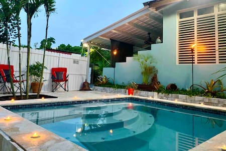Private Pool Suite + BBQ | Professionally Cleaned!