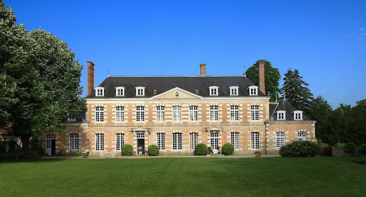 Château de la Giraudière, Suite Empire