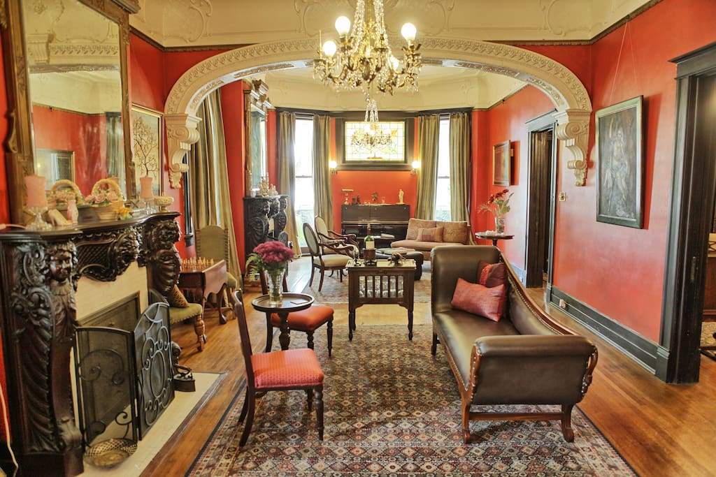 Beautiful mansion on canal street chambres d 39 h tes for Chambre d hotes orleans