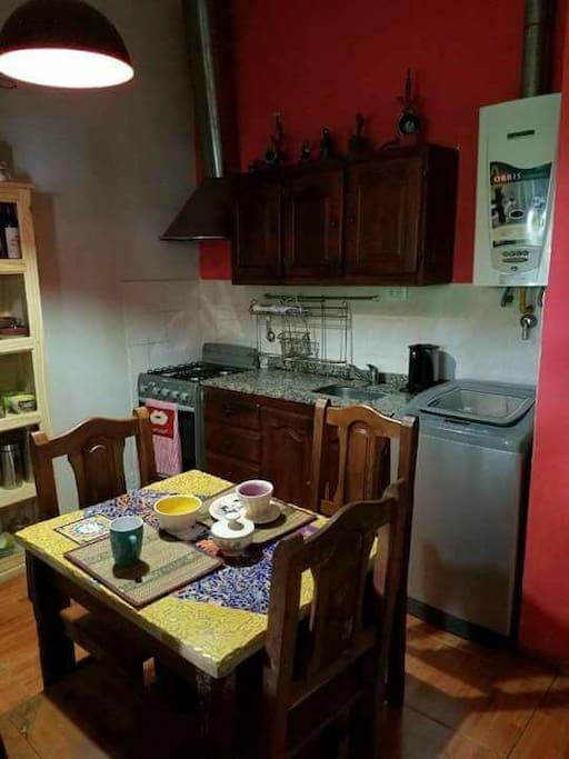 Cocina / aire acondicionado / lavaropas automatico/ Heladera