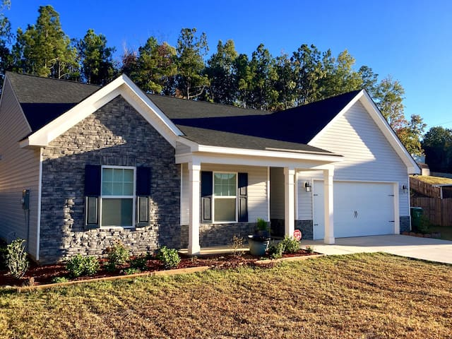 Single Room in Blythewood (greater Columbia), SC