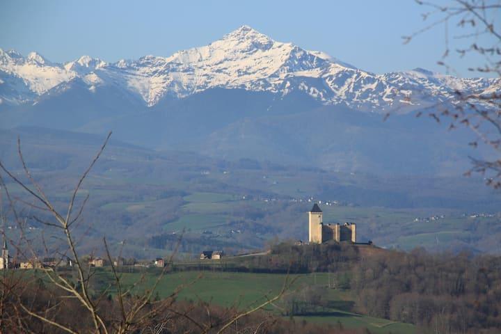 Bonheur : gîte face aux Pyrénées