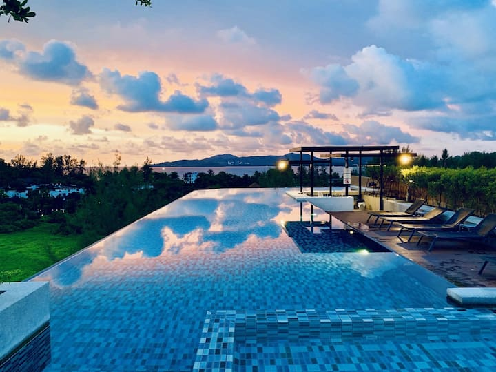 Luxury in Surin beach, rooftop bar, pool & gym