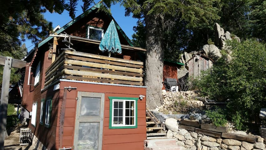 One of a Kind Cabin - A+ LOCATION! - Walk to Lake - Green Valley Lake