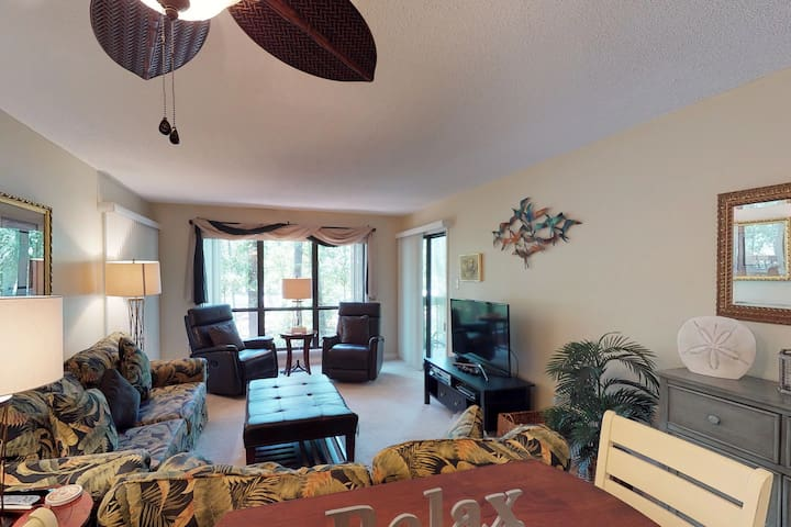 Dog-friendly condo with tennis, shared pool access, & quick walk to beach