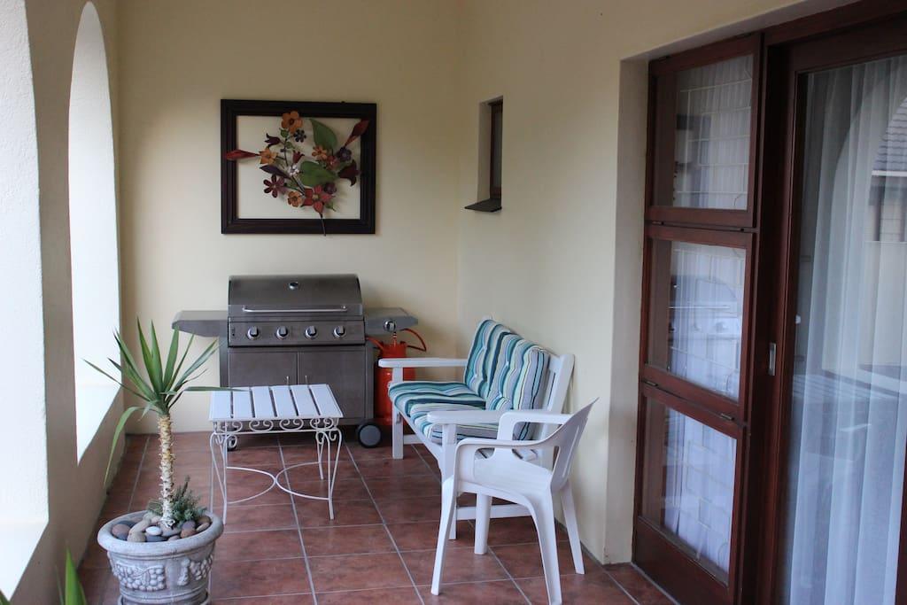 Veranda with gasbraai