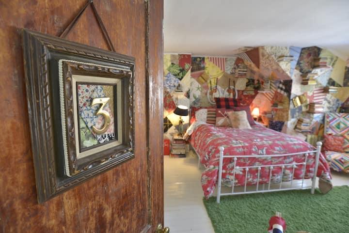 Eclectic West Village Townhouse  - 3rd Floor Suite