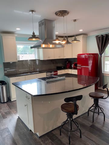 Great apartment close to everything in Greensboro