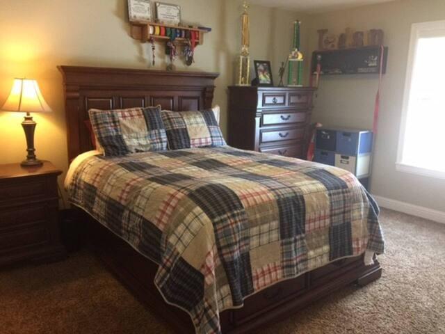 Private Bedroom #1 (beige)