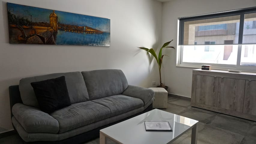 Onyx brand new place in M'Scala 5 mins from sea