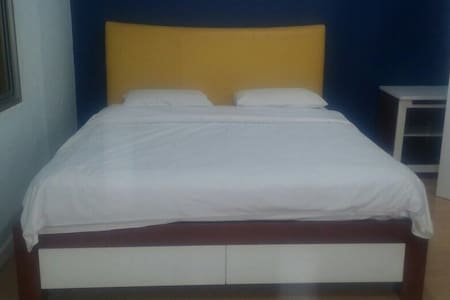 1 BR Apt next to Central Park Mall - Jakarta