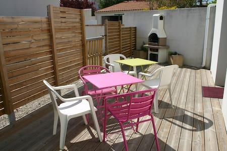 Maison de bourg pour 7 personnes - Longeville-sur-Mer - Ferienunterkunft