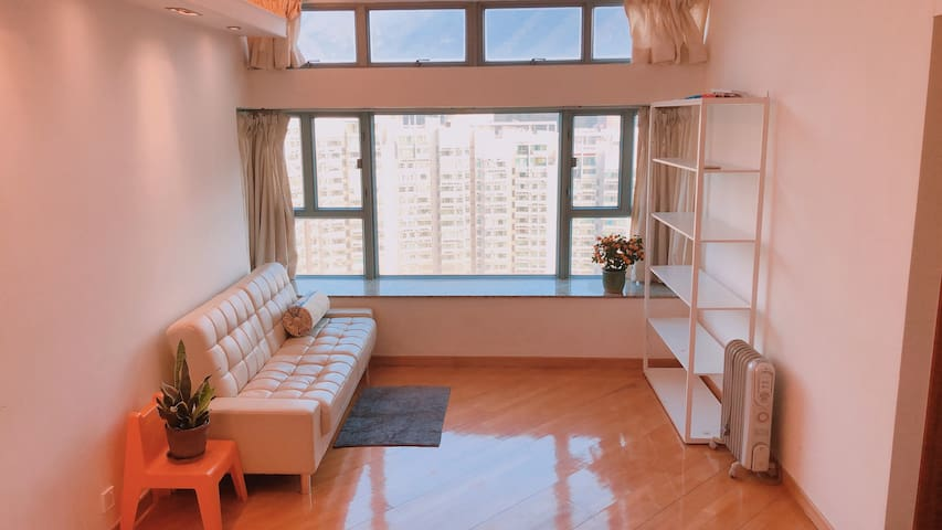 Stunning view APT, 5min from Airport & 1min MTR