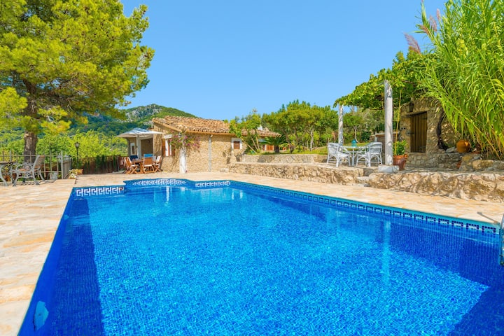 SON DURÍ - Villa with private pool in Mancor de la Vall. Free WiFi