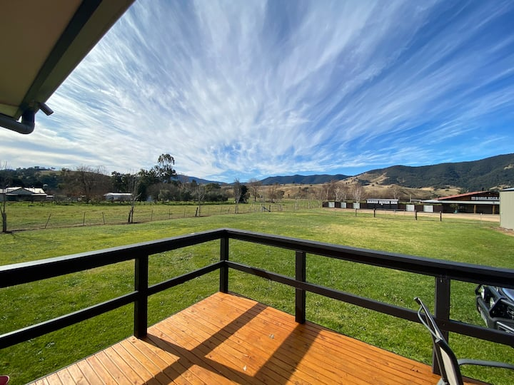 The Mill Home -  Large Dargo Home with Views.