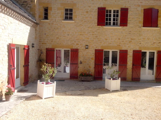 La Chabotine Périgord Noir proche de la Dordogne - Allas-les-Mines - Guesthouse