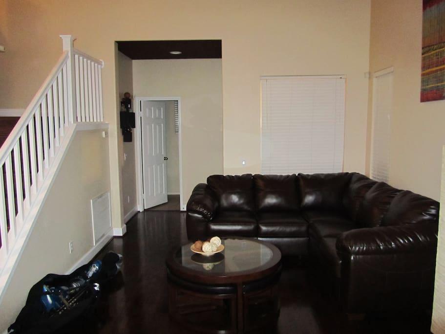 Sala entrada/ Living Room