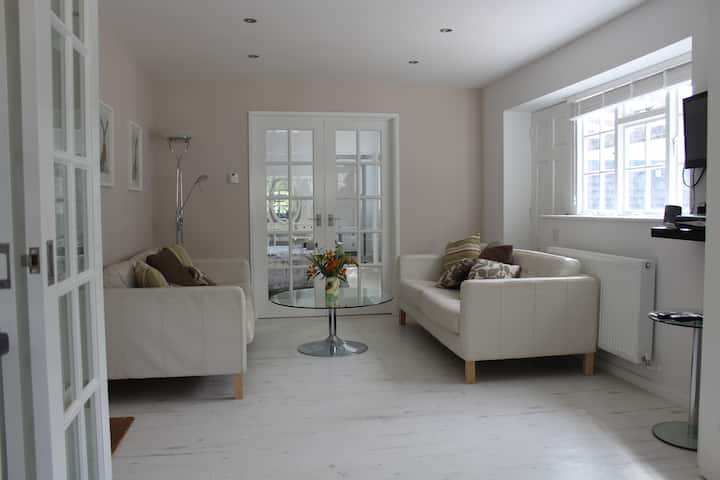 Oakley Apartment,  New Forest