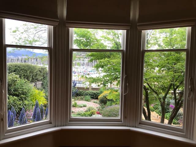 """Bella House"" - location, views, wifi, OSP"