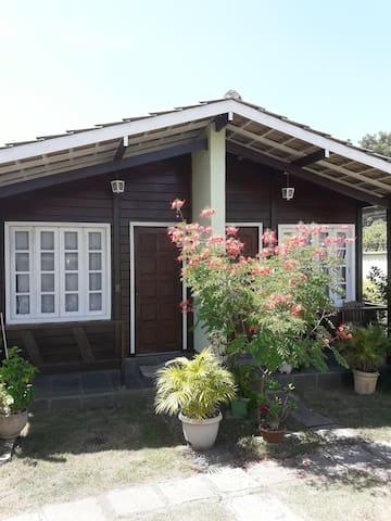 Itaúna-Saquarema.                         Chalé 2