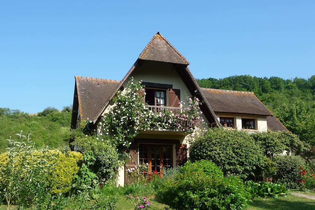 Maison d 39 h tes les coquelicots guesthouses for rent in for Maison hote normandie