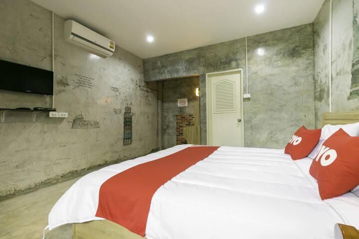 OYO The Rome Resort Pranburi