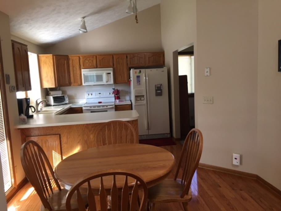 Ranch home with two bedrooms and two baths case in for Planimetrie ranch con 2 master suite