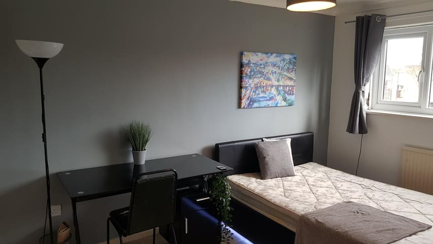 Private Room in Newcastle City Centre