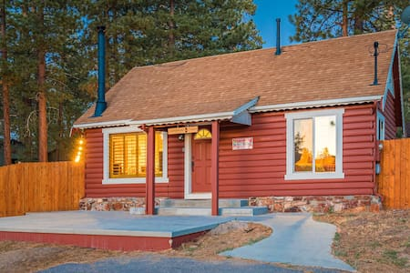 Lamplight Cabin | Lake + Village | Hot Tub | Pets