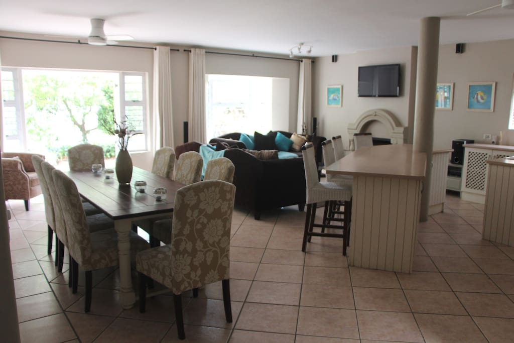 Dining area and lounge