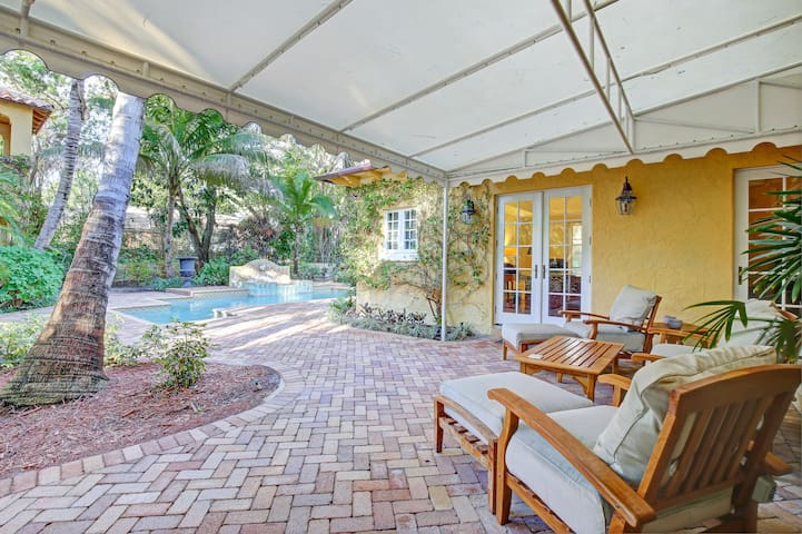 Your private entrance off the patio and pool.
