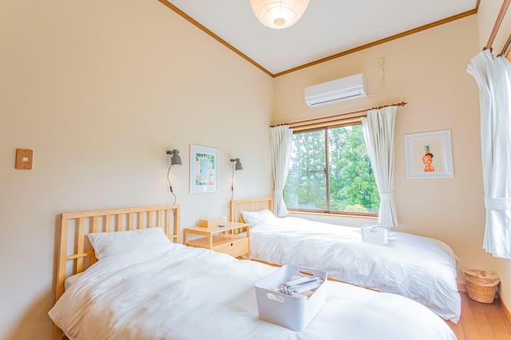 【GOTO割引】天空の山の中の静かなロッジ 個室マウンテンビュー[朝食込み]