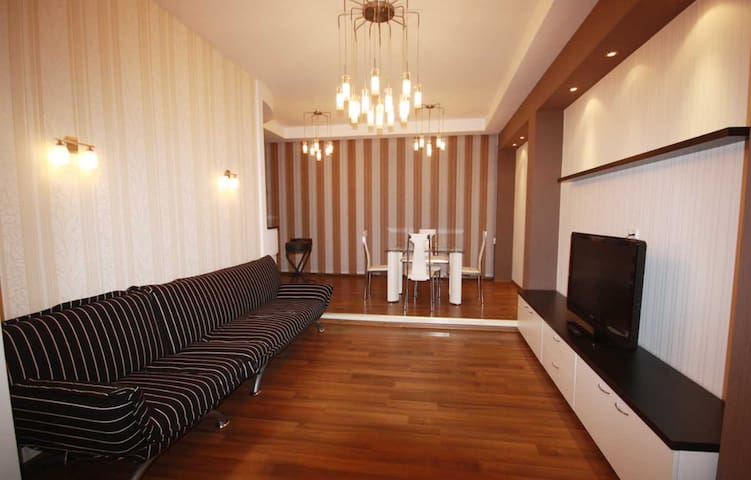 Flat with Great View (Botanica Area of Chisinau)