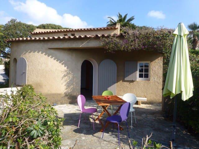 Cabanon provençal avec vue sur mer - Roquebrune-sur-Argens - Dům