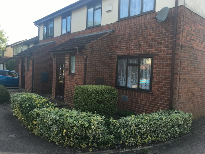 Double Room - Two Mile Ash, Milton Keynes