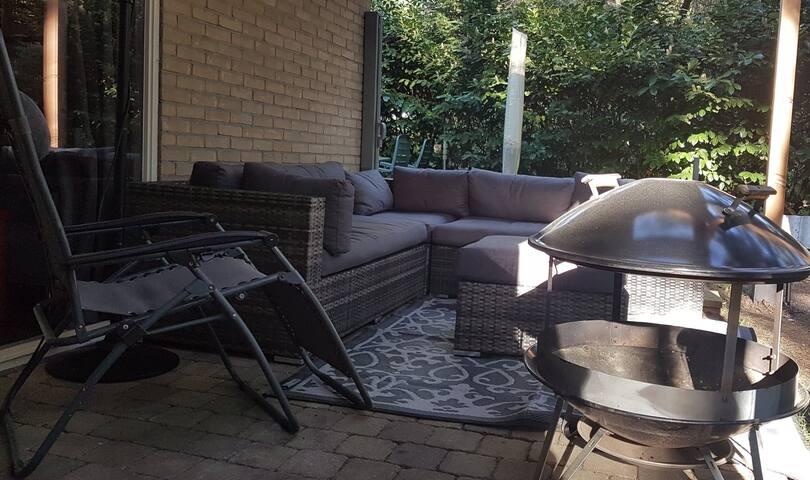 Heerlijke loungeset en vuurkorf