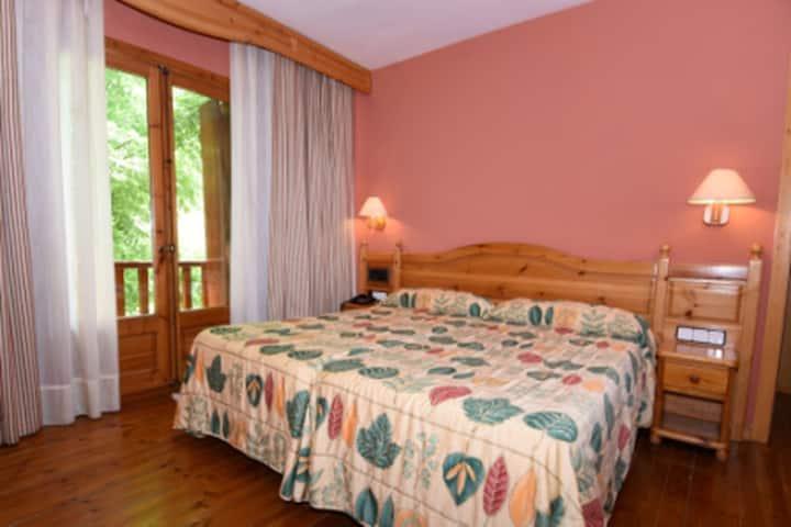 Habitación Triple Estándar ( 2 Adultos y 1 Niño ) - Alojamiento y Desayuno