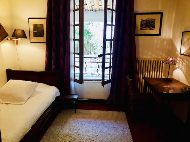 Zimmer LEVANT, Aix-en-Provence