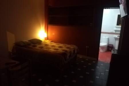 Habitación para dos personas, en Chilca - Lima
