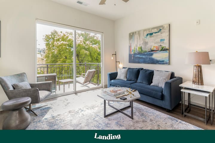 Landing | Stunning Apartment Home in Highland Park (ID11)