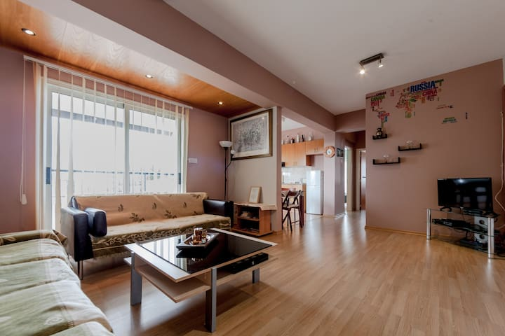 Value for money-2 bedroom apartment!