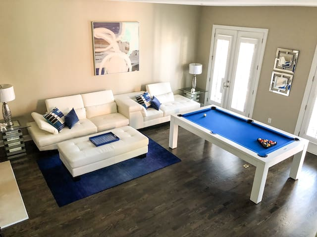 Luxury home near Atlanta's Braves Stadium!