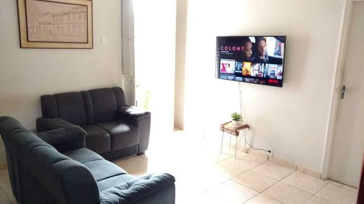 Casa ampla-equipada p 5 Pessoas-próx Centro do RJ.