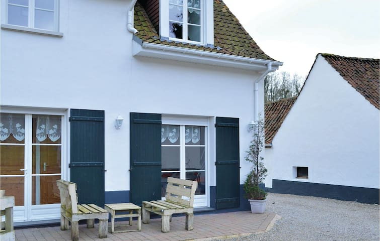 Holiday apartment with 1 room on 30m² in Alette