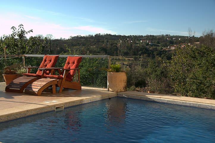 Amarillis - Luxury self-catering apartment,  pool