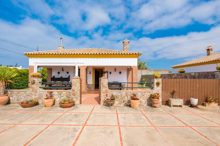 Ideal for sports enthusiasts and near the beach - Casa Limonero