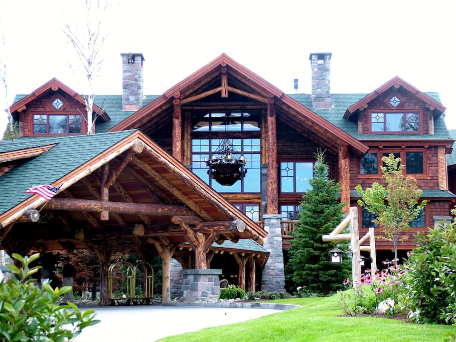 Summer view of the front of the Whiteface Lodge.